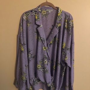 Tops - Ophelia Rose purple and white blouse